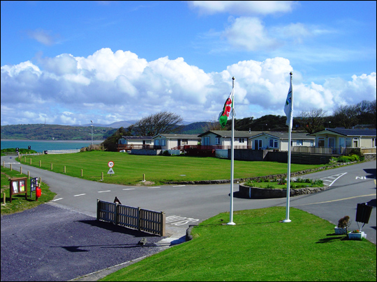 Campsites in anglesey north wales Campsites in north wales with swimming pools