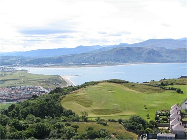 Pitch and Put Golf with a beautiful view on the Great Orme
